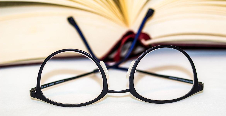 Here's How to turn Eyewear into Eye-Fetching Eyeglasses